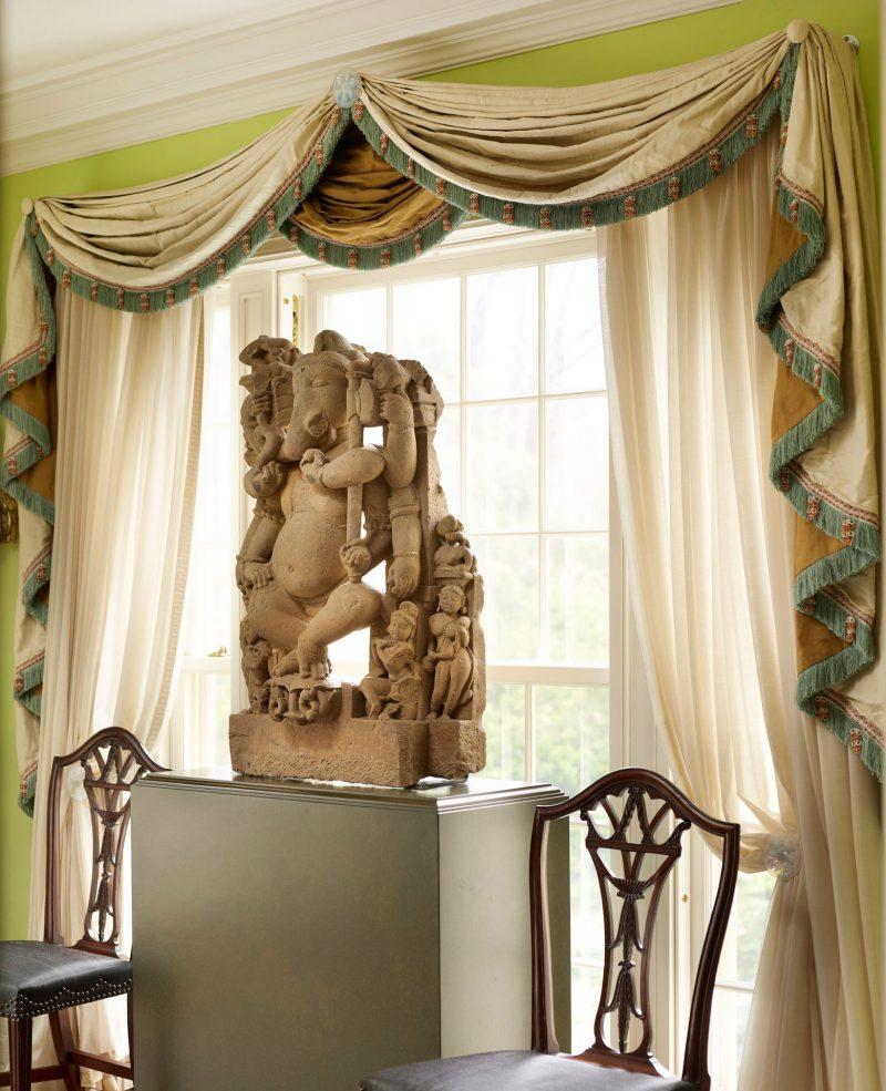 WESTCHESTER---Breakfast-Room-window with statue